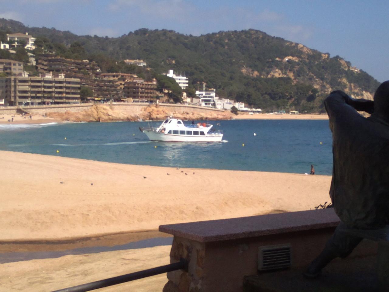 Dans Tossa de Mar avoir de petits croiseurs