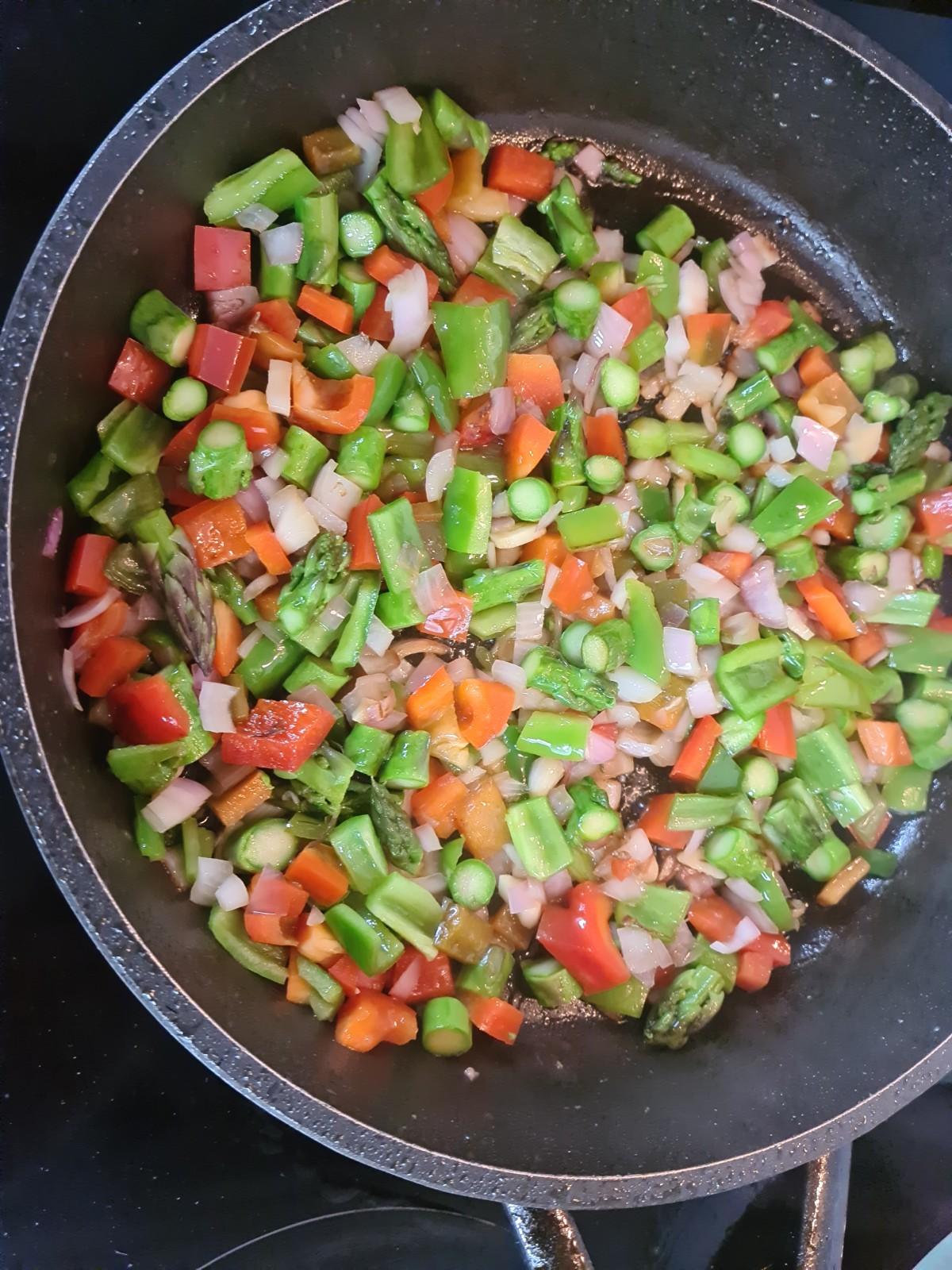 Rehogamos las verduras a fuego medio