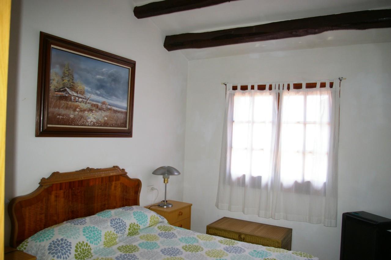 Casa de vacaciones con piscina en Tossa de Mar, dormitorio principal