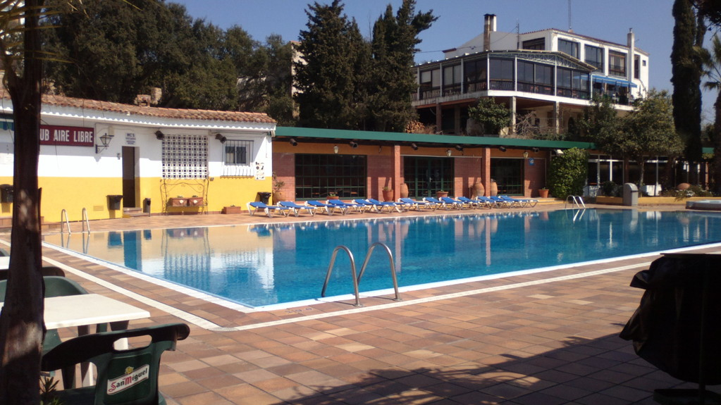 Piscine Restaurant, club Aire libre