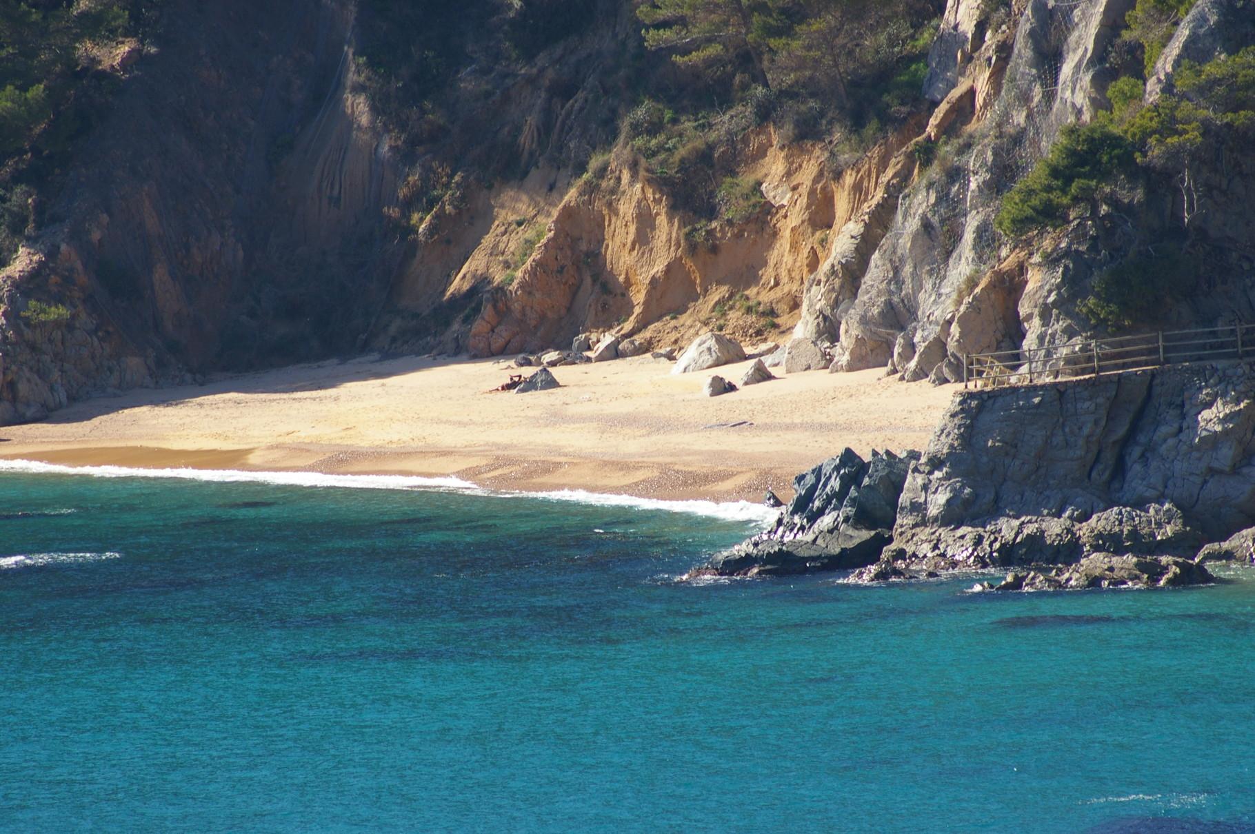 Santa María de Llorell beach