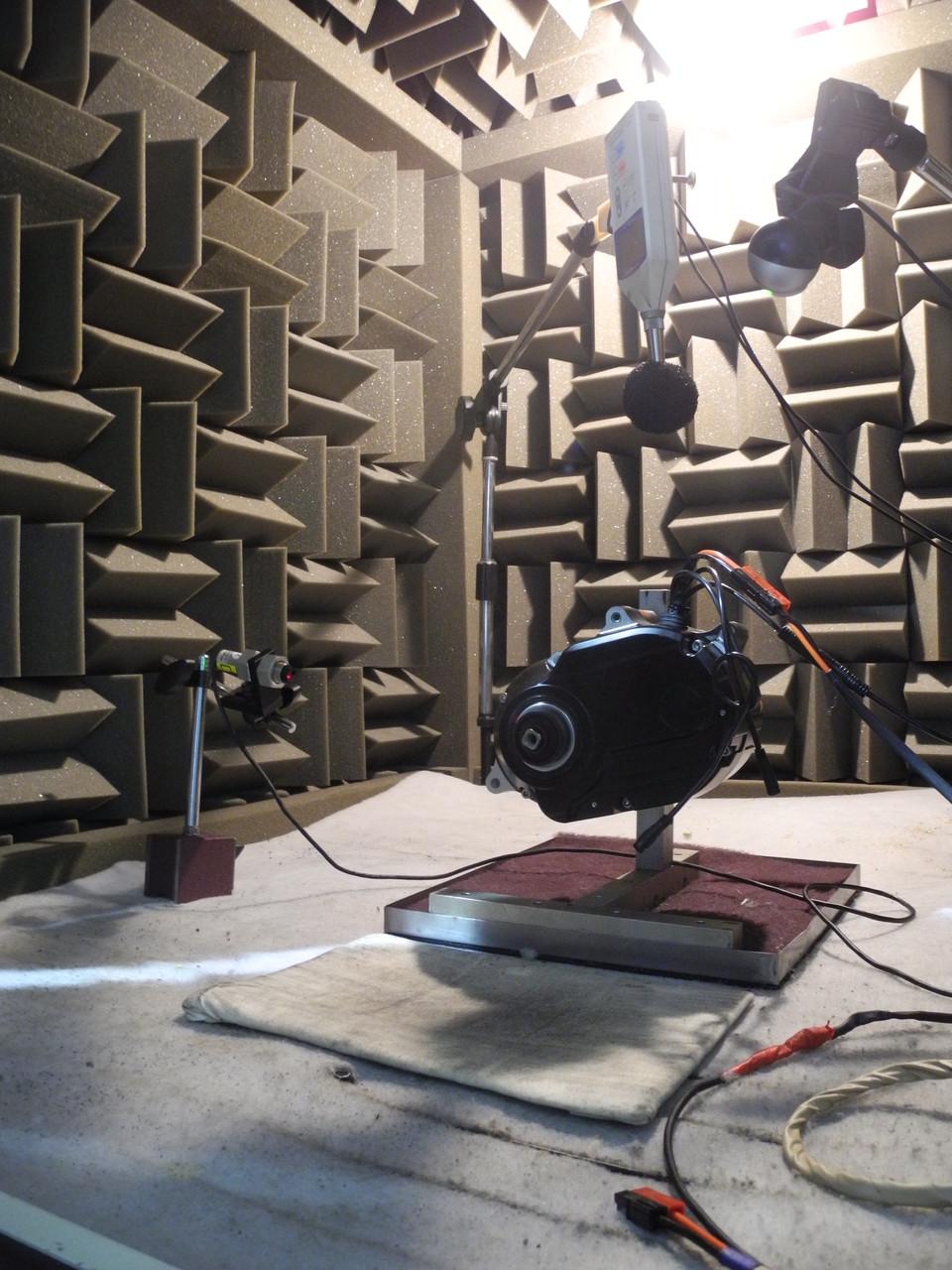 Jeder Motor wird akustisch vermessen