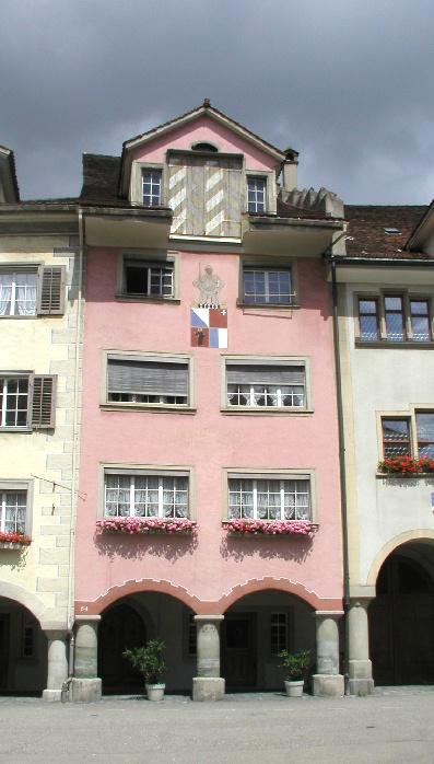 """Das Wiler Hauptmannhaus in der Altstadt, unweit vom Hof. Hier residierte der """"Wiler Hauptmann"""" im Turnus der Stände Zürich, Schwyz, Luzern und Glarus. (Foto: Stadt Wil)"""