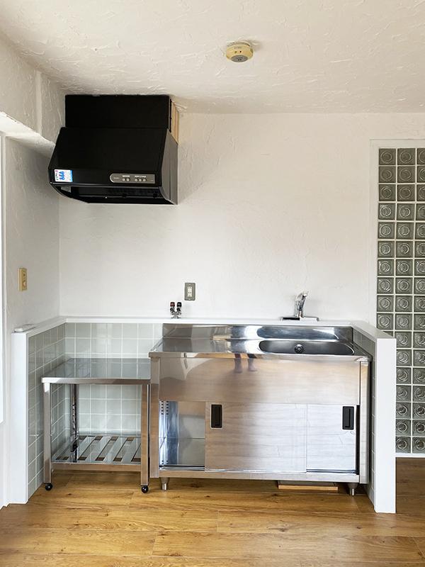 珍しいプロ仕様のキッチン台