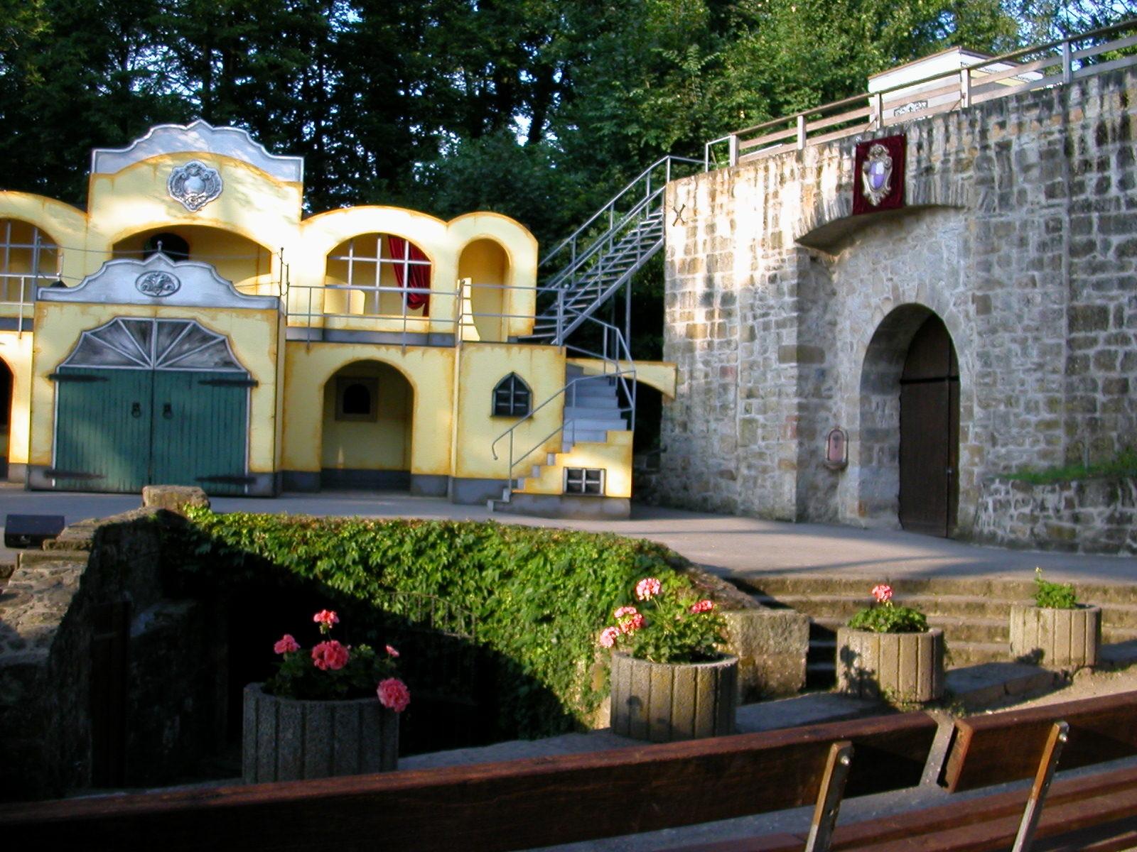 Die Kulissen des Mozart!-Musicals in Tecklenburg. Nadja war von der Open-Air-Inszenierung überwältigt