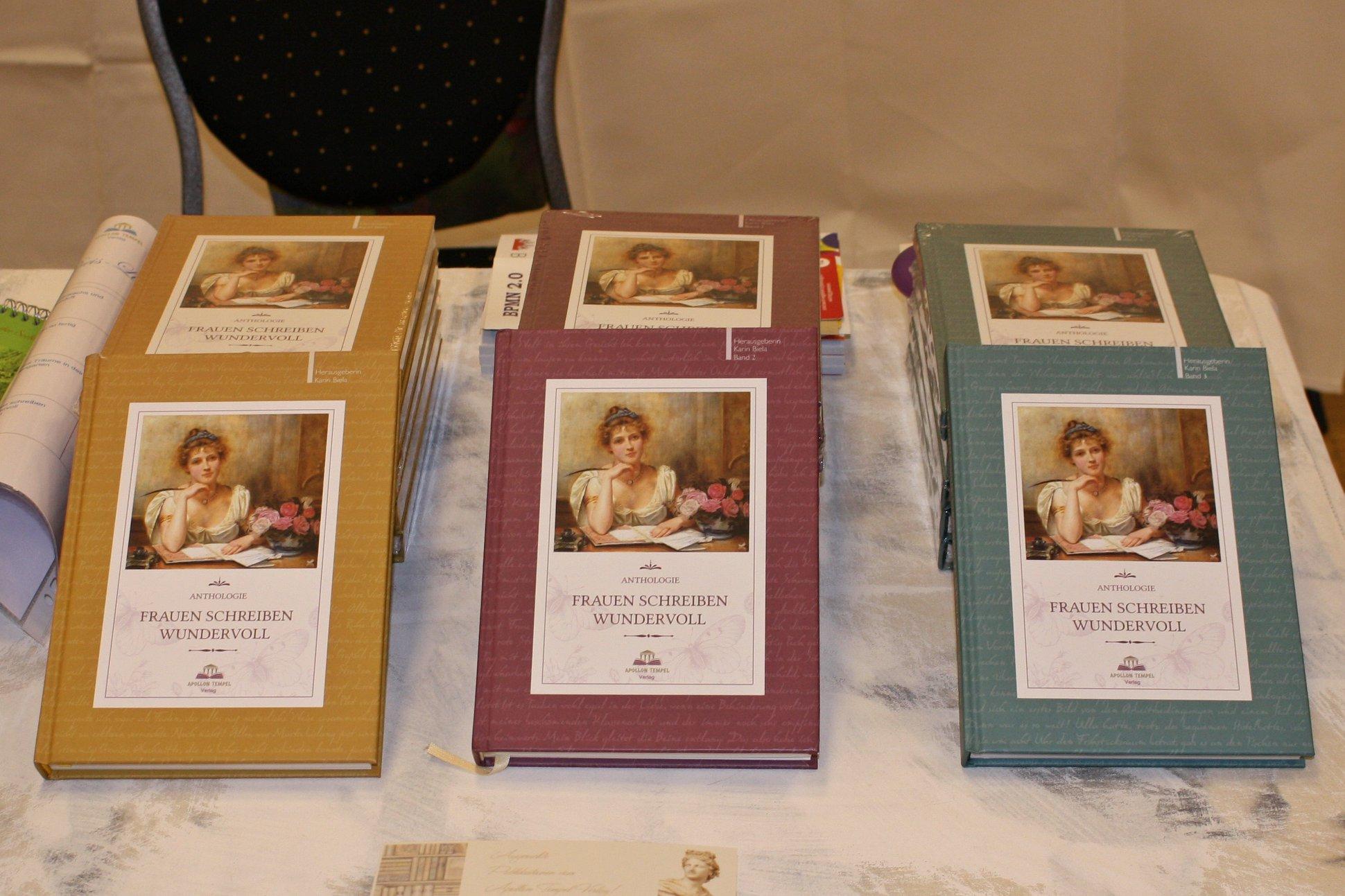 """Buchmesse BuchBerlin 2018, Apollon Tempel Verlag, """"Frauen schreiben wundervoll"""""""