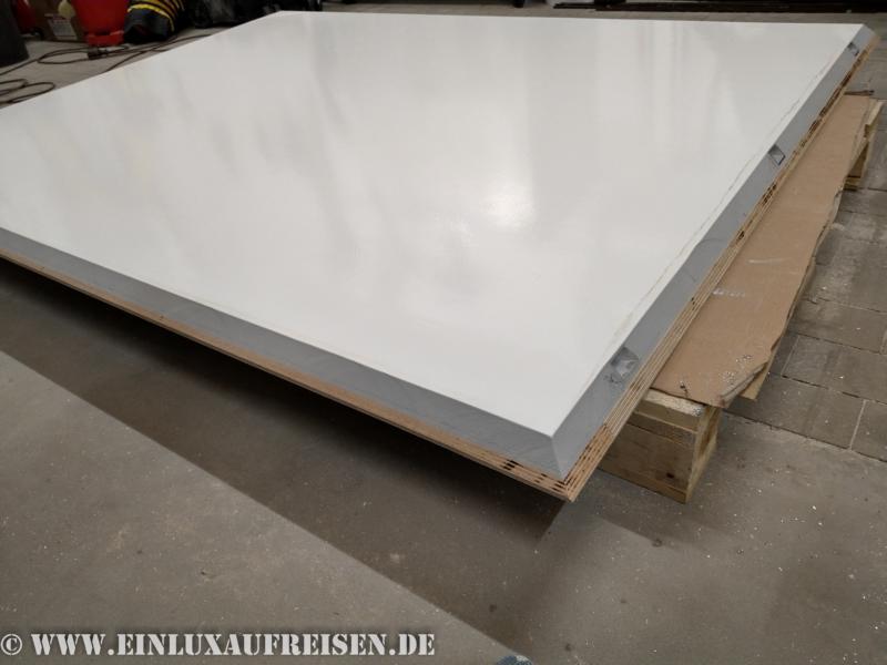 Fertige Dachplatte mit 45° Winkeln an allen Seiten