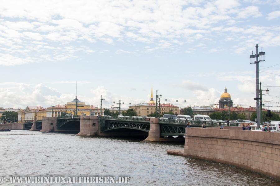 Unteres Ende Nevsky Prospekt
