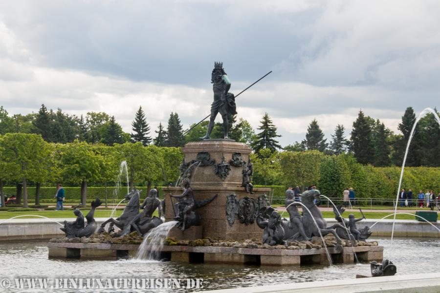 Neptunbrunnen Peterhof