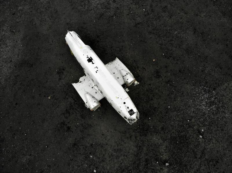 DC3 am Strand von Solheimasandur