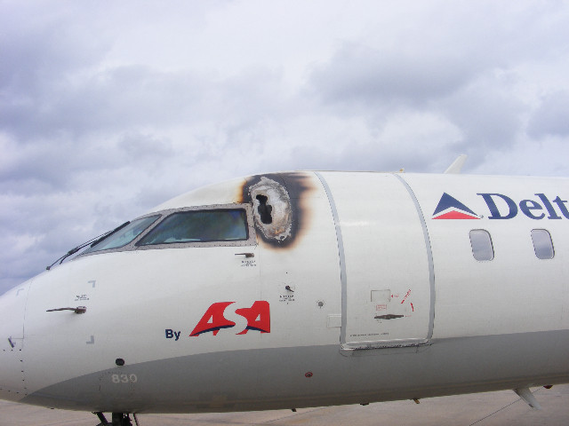 Riesgos Accidente Avion Pararrayos Angel