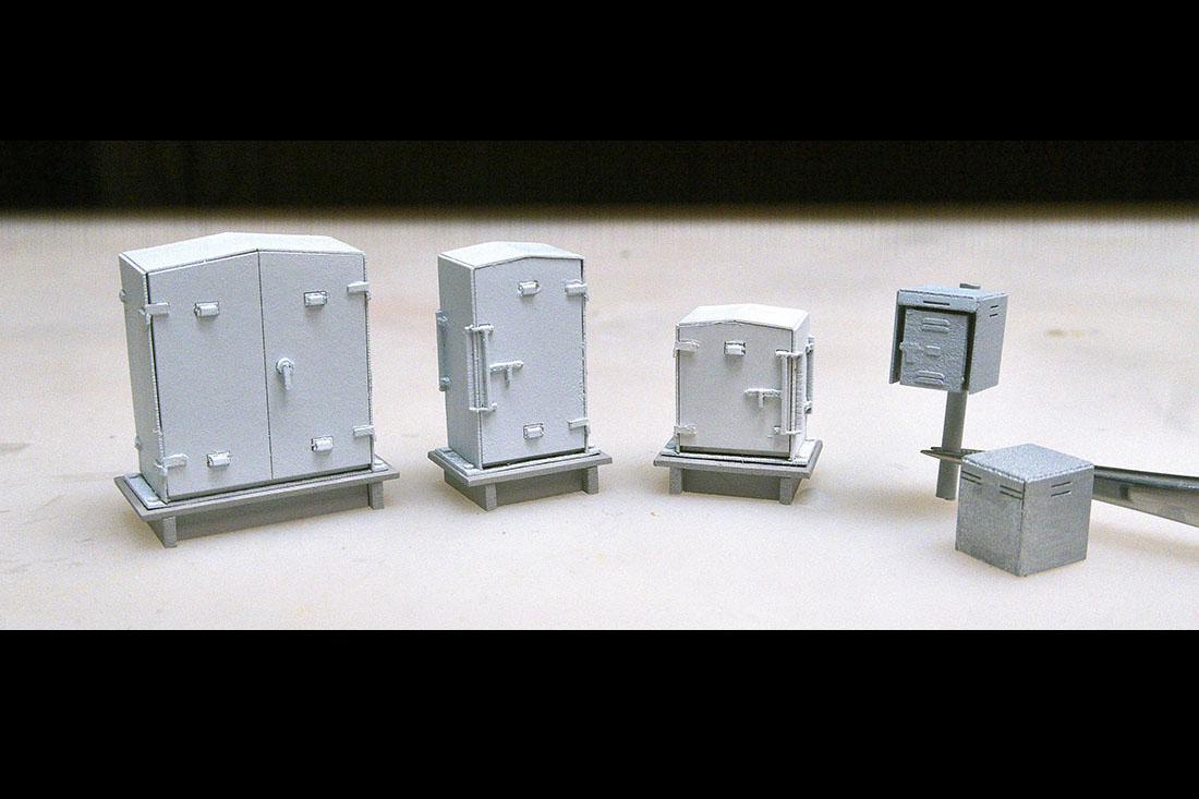 新型 器具箱A + 踏切制御子箱