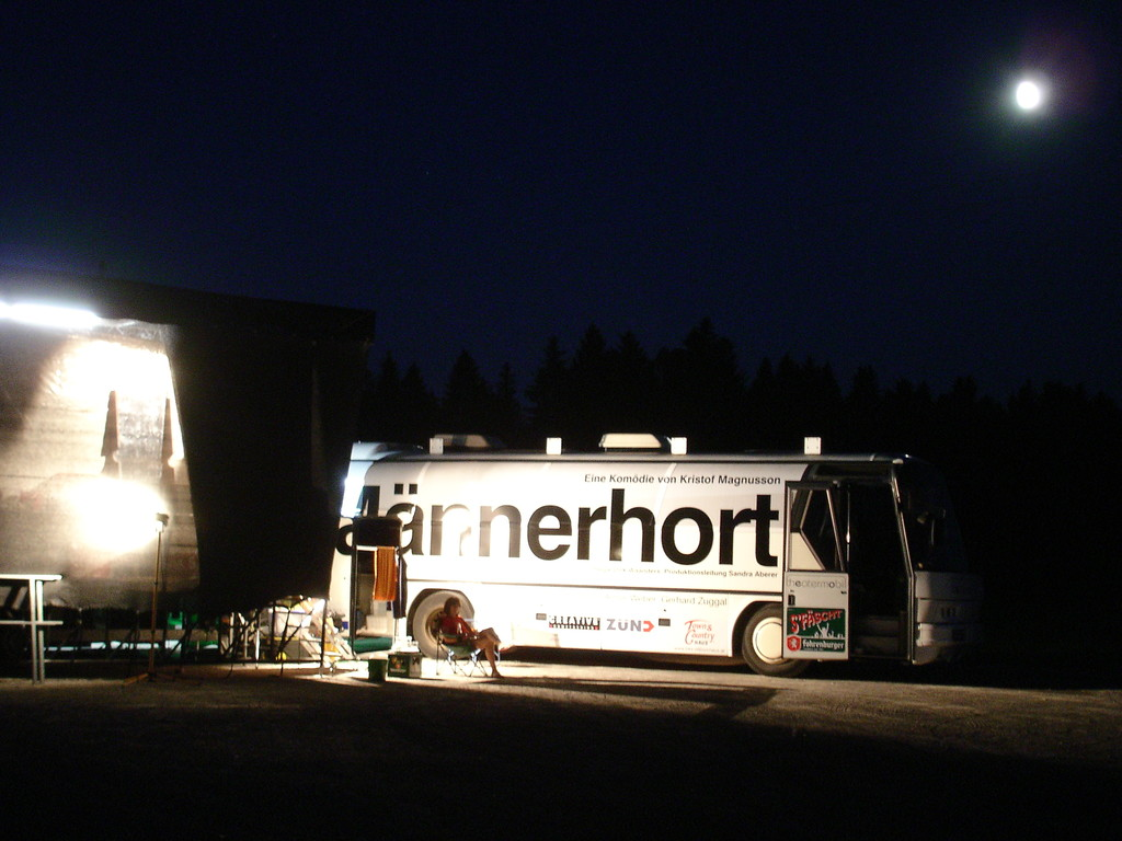 Vollmond überm Theatermobil in Sulzberg, traumhaft!!!!
