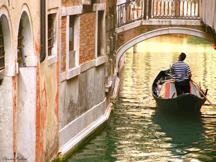 """The Venetian """"calli"""""""