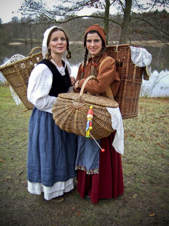 Märchenhafter Weihnachtsmarkt im Jagdschloss Grunewald - Schneeweisschen und Rosenrot