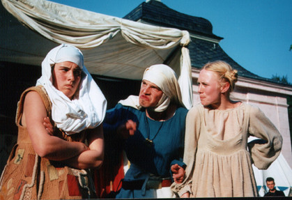Die Mägde: Burgunde, Mechthilde und Johanna