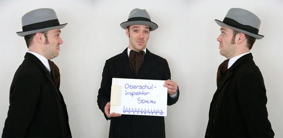 Oberschulinspektor Schlau