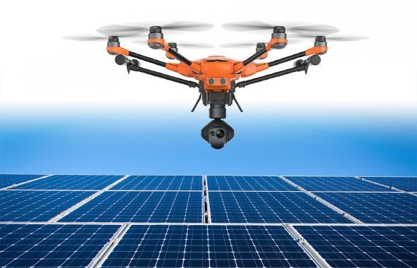 Bildquelle: Yuneec: Solarpanel-Inspektion