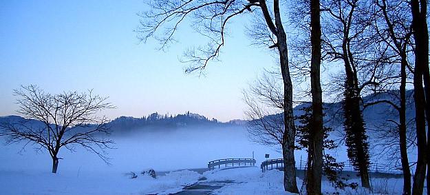 姫川の水温との温度差で良い感じの霧が発生しました。