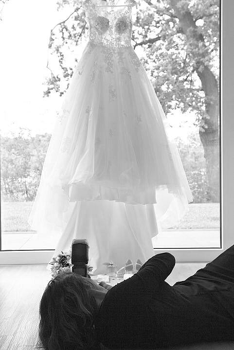 Getting Ready von Braut und Bräutigam