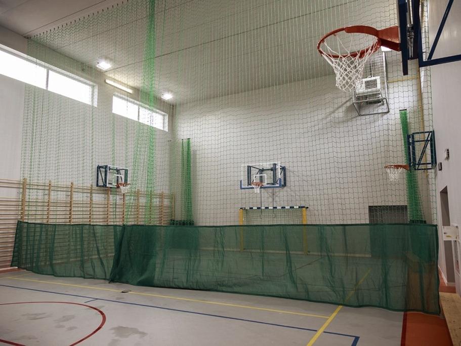 Sporthalle Suchy Les 2014 Polen - Wandkörbe, Handballtore, Fangnetz