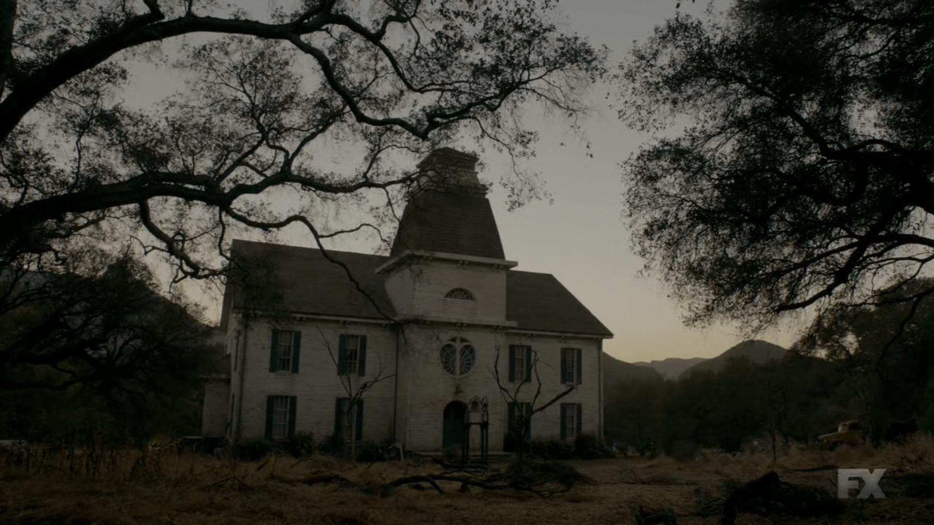 American Horror Story - Roanoke (2016)