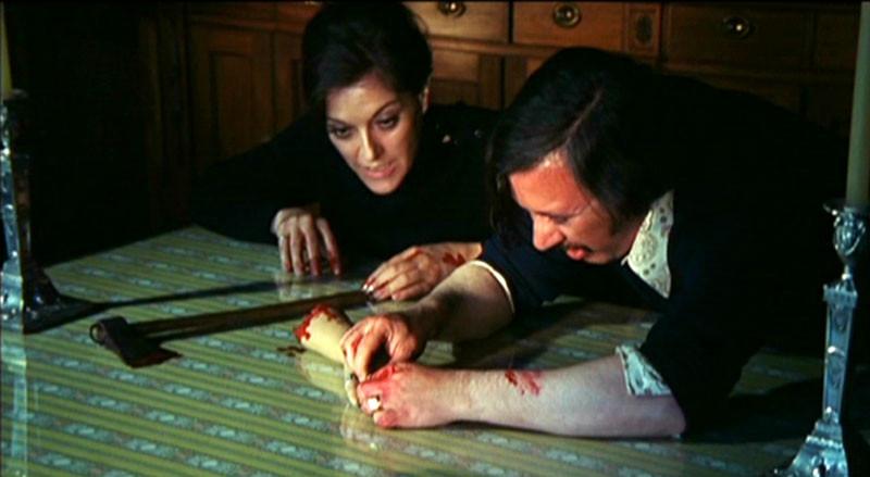 Une Vierge Chez Les Morts-Vivants (1973)