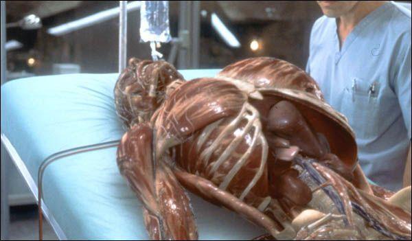 Hollow Man - L'Homme Sans Ombre (2000)