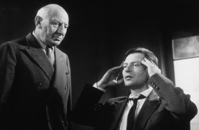 Dans Les Griffes De l'Homme Invisible (1963)