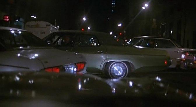 Un Tueur Dans La Ville (1982)