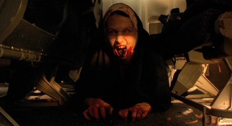 Plane Dead - Des Zombies Dans l'Avion (2007)