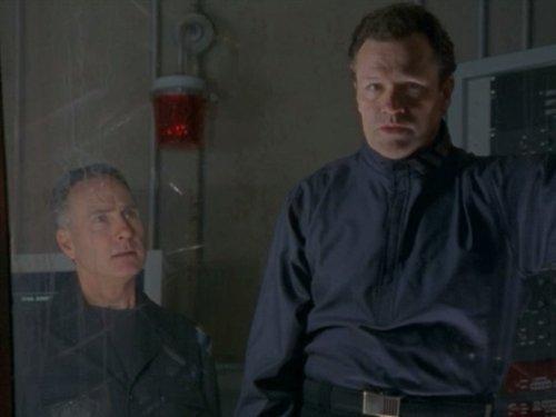 Au-Delà Du Réel, L'Aventure Continue - Saison 7 (2001)