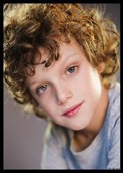 Noah Wiseman (Rôle : Samuel)