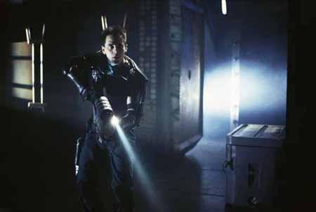 Vendredi 13 - Chapitre 10 : Jason X de James Isaac - 2001 / Horreur - Slasher