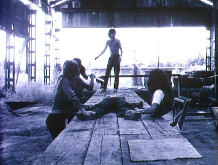 Snuff (1975)