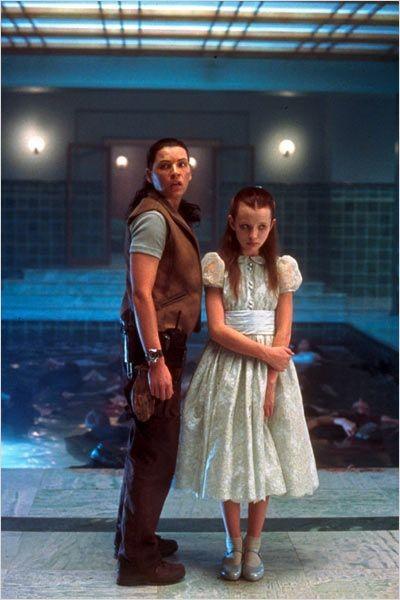 Le Vaisseau De L'Angoisse (2002)