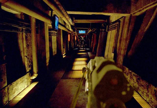Doom de Andrzej Bartkowiak - 2005 / Science-Fiction - Horreur