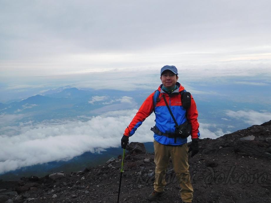 富士山山頂にて