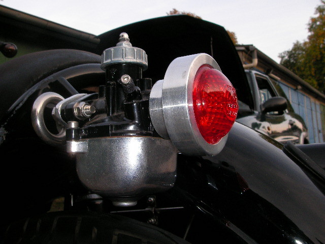 Simsonvergaser als Leuchte umgebaut