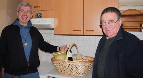 Prêtres et Panier Sèvres (92)
