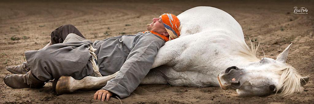 rossfoto, dana krimmling, pferdefotografie, fotografie, wanderreiten, westernreiten, kavalleriereiten, kavallerie, reenactment, mittelalter, andre Pede