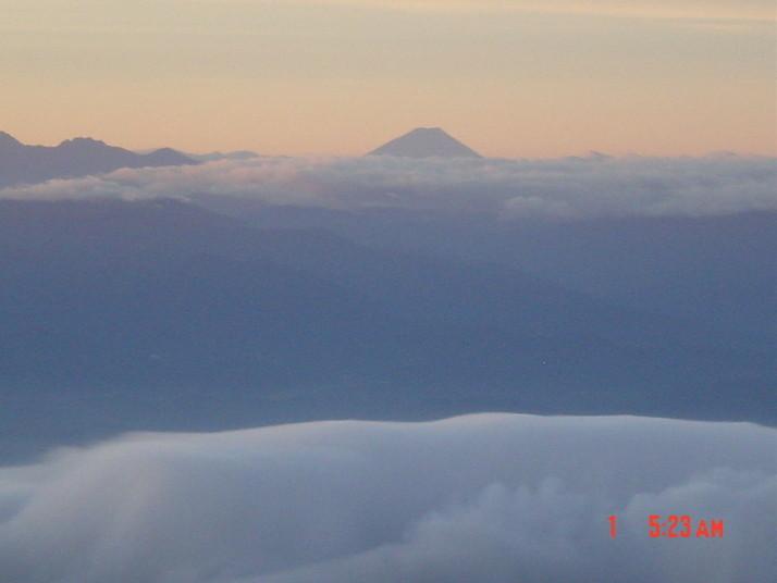 富士山(鹿島槍ヶ岳より)