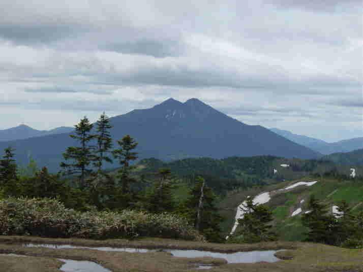 燧岳(会津駒ケ岳より)