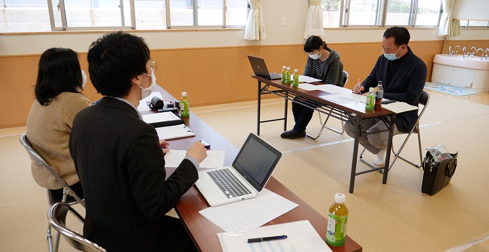 現状のヒアリング(リモートで会議に参加しているスタッフもいます)