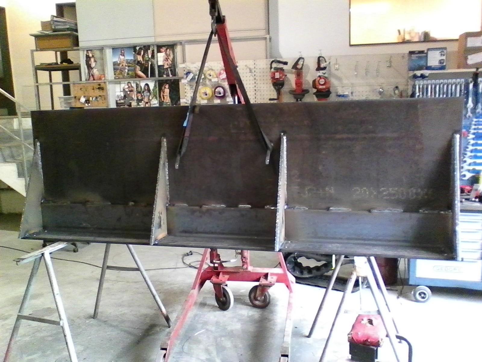 Gewicht alles zusammen ca. 2.5 Tonnen Stahl.