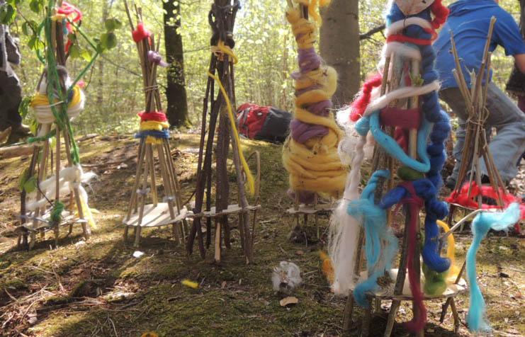 Künstlerisches Gestalten im Waldkindergarten