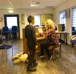 Muriel met haar jongste coachee Edward