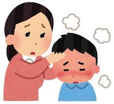 お母さんが子供を心配して、子供の額に手を当て、熱があるのかどうか調べているイラスト画像