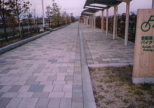 インターロッキング舗装工事-4