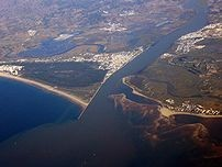 Mündung des Guadiana....Danke für´s Bild an Wikipedia. Klick in´s Bild für den Link zu Wikipedia.